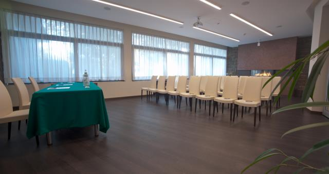 Fully renovated room organize your meeting in Rovigo