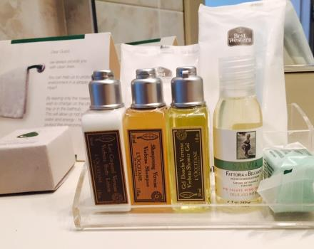 Beauty kit de l'Occitane en Provence nella camera KING SUPERIOR del Best Western Hotel Cristallo di Rovigo
